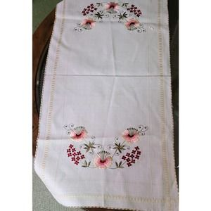 Embroidered Floral Garland Table Runner